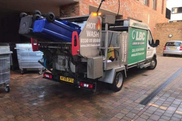 Commercial Bin cleaning London