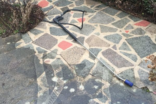 Crazy paving cleaning